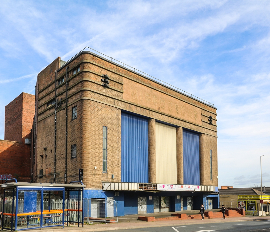 Dudley Hippodrome (1938) by Archibald Hurley Robinson