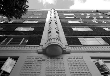 Nell Gwynn House (1937), Chelsea