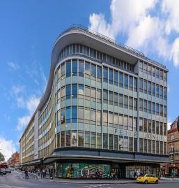 Peter Jones Department Store (1932-36), Chelsea by William Crabtree