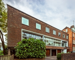 Willow Grove (1937-9), Hampstead by Erno Goldfinger