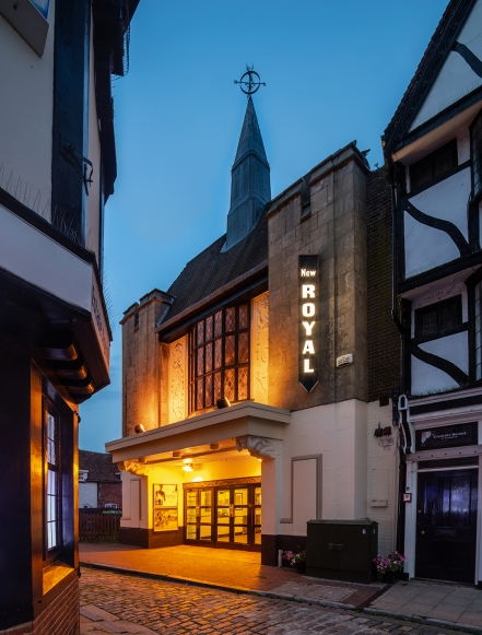 Former ODEON, Faversham (1936) by Andrew Mather