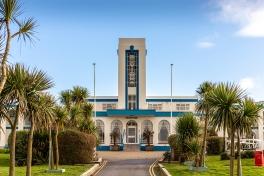 Riviera Hotel, Weymouth (1937) by L. Stewart Smith