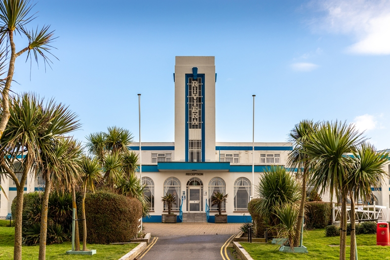 Riviera Hotel, Weymouth (1937) by L. Stewart Smith